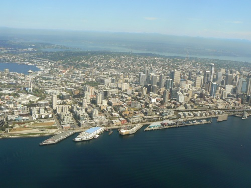 Seattle panorama, on approach to Boeing Field